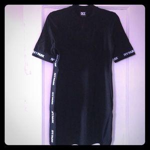 IVY PARK SHORT LOGO DRESS